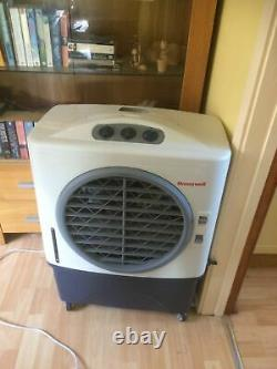 Honeywell CL48PM Evaporative Air Cooler Indoor Outdoor Cooling 48 litre